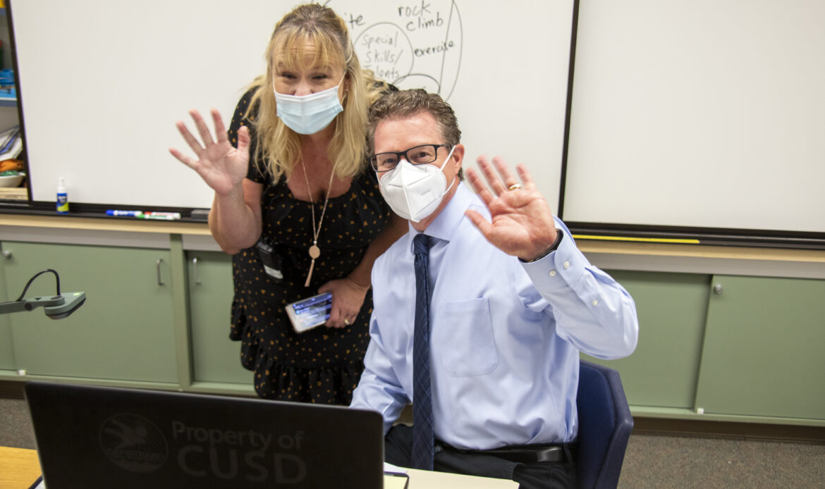First day of school for Laguna Niguel Elementary is virtual, but full of smiles