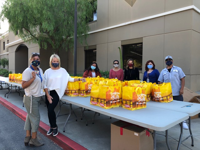 Capo Unified helps hand out Thanksgiving food baskets to needy families