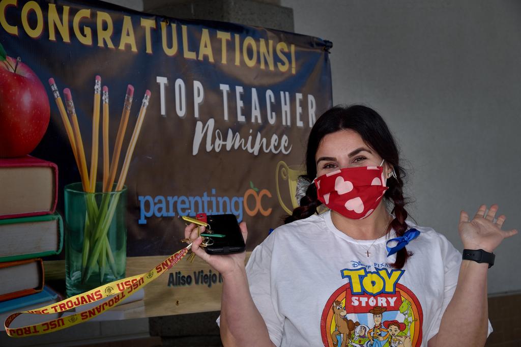 AVMS teacher is Parenting OC Top 10 Teacher award winner