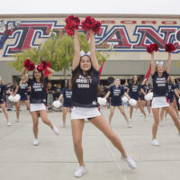 Tesoro High greets students with a song and a dance on first day of school